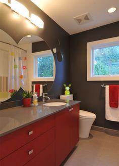 2-banheiro-moderno-armario-vermelho