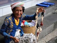 Old women - null
