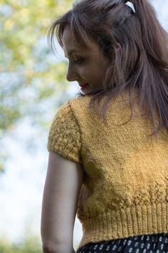Gestrickter Bolero mit Ajourmuster | DROPS Design Garnstudio, DIY, do it yourself, handmade fashion, stricken, knitted cardigan, instruction, free pattern