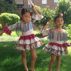 A por el #juevesdeferia flamencas!!! #Carretasybueyes #cordopolis #flamenca #flamencainfantil #trajedeflamenca #feria #feriadecordoba Summer Dresses, Children, Fashion, Toddler Girls, First Ladies, Bangs, Bebe, Young Children, Moda