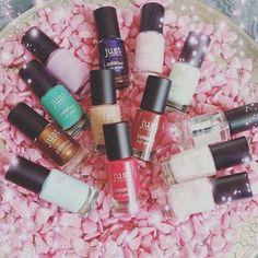 WEBSTA @ queens.and.princess.no1 - Ahhhh heute kam ein wunderbares packet bei mir an 😍😍 Das Set könnt ihr bald  gewinnen Vielen lieben dank an @justcosmetics_de 💄 💅️ 😄 #sohappy #makeup #cosmetic #cosmetics #beautiful #beauty  #mostbeautiful #pretty #thebest #wow #cute  #fashion #girl #girls #gliter #love #nail #nailart #nailpolish #nails #nailswag #polish  #pretty  #sparkles #style #styles #stylish