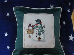 Christmas time ! Christmas Time, Cross Stitch, Pillows, Crossstitch, Punto Croce, Cushions, Throw Pillows, Cross Stitches