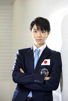 羽生結弦 スーツ 国別対抗戦2015 Ice Skating, Figure Skating, Japanese Figure Skater, People's Friend, Olympic Champion, Hanyu Yuzuru, Favorite Person, Cute Boys, Character Inspiration