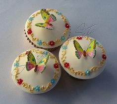 Butterfly Cupcakes | Flickr - Photo Sharing!