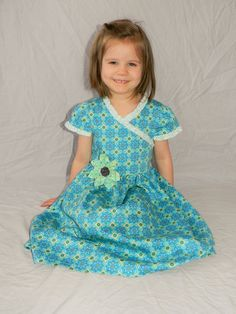 Custom made Blue green girls dress sz 3 to 8 by DelicatelyDressed on Etsy