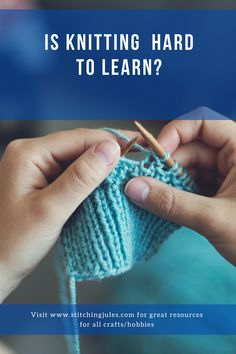 How can you get started learning how to knit? What tools and supplies do you need? Here's some tips for how to get going! Learn How To Knit, How To Start Knitting, Knit Crochet, Crochet Hats, All Craft, Knitting Socks, Knitting Patterns, It Cast, Stitch
