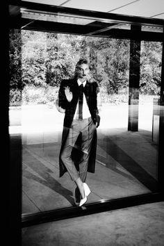 Kelsey Van Mook Covers Up for Fall in Richard Bernardins Elle Canada Shoot