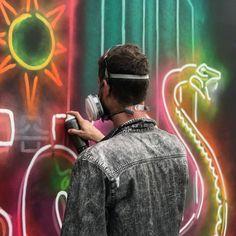 Perth artist STRAKER (@muralist) making his neon pop at @GovBallNYC ready for this weekend's festival on Randall's Island.  #workinprogress #straker #neonart #governersball