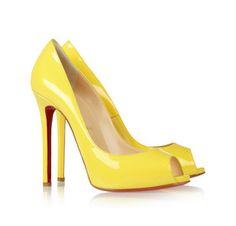 patent-leather peep-toe パンプス