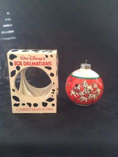 Schmid Collectors Disney 101 Dalmations 1994 Round Christmas Tree Ornament