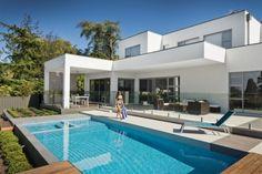 Swimple - Glass Mosaic Pool Tiles - ELTHAM TILE