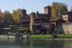 Borgo Medievale di Torino, Piemonte, Italia. 45°04′00″N 7°42′00″E
