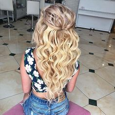 Плойка BaByliss Titanium-Tourmaline 38 мм #прическа #вечерниепрически #королевскиелоконы #стилист #стилистповолосам #прическанасвадьбу #локоны #hair #волосы #salon #hairstyle
