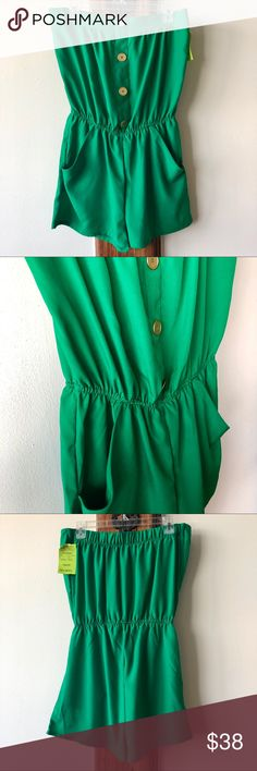 17f03b0ee654 NWT Eight Sixty Romper with Gold Buttons- Sz L Fun