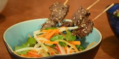 Grilled Venison Skewers with a Pickled Carrot Salad Quick Healthy Meals, Healthy Salad Recipes, Carrot Salad, Toasted Sesame Seeds, Thai Dishes, Dinner Salads, Just Cooking, Venison, Fresh Ginger
