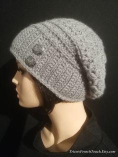 Bonnet femme laine.Bonnet béret laine gris fait main au crochet.Bonnet  slouchy accessoire de mode hiver pour femme ou ado fille.Bonnet gris e18c821ea03