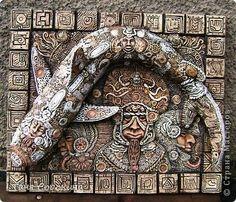 Поделка изделие Ассамбляж Лепка Большая рыба ацтеков Панно Пейп-арт Краска Салфетки Фарфор холодный фото 14