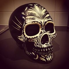 """Résultat de recherche d'images pour """"real skull paint"""""""