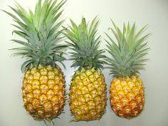 Abacaxi - Essa fruta vai com tudo. Amo o suco de abacaxi!! Brazilian Fruit, Pineapple, Wallpapers, Shape, Food, Pineapple Juice, Get Lean, Pine Apple, Essen