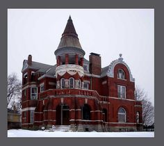 Joseph, MO by Dennis Weiser,--My Great-Grandmother grew up in this home. Victorian Architecture, Beautiful Architecture, Beautiful Buildings, Beautiful Homes, Architecture Design, Abandoned Houses, Abandoned Places, Old Houses, Victorian Style Homes