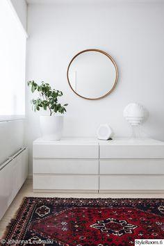 makuuhuone,valaisin,pöytälamppu,viherkasvi,retro