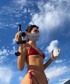 Kendall Endless summer Summer fashion Summer vibes Summer pictures Summer photos Summer outfits November 26 2019 at Girl M, Cool Girl, Lady Girl, Pink Girl, Summer Aesthetic, Aesthetic Body, Urban Aesthetic, Aesthetic Makeup, Retro Aesthetic