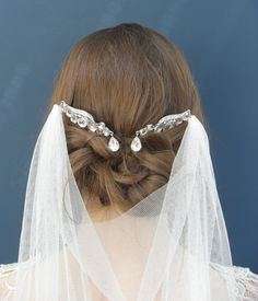 Wedding veil Vintage style glamorous glass by PelicanRoseBride