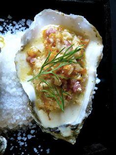 www.oesterkoning.nl  De Oesterkoning komt graag op uw feest oesters € 2,10. guido@oesterkoning.nl  0031 ( 0) 0644538529