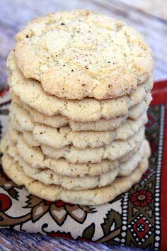 Crunchy Nutmeg Sugar Cookies #recipe - RecipeGirl.com. Christmas Cookie recipes