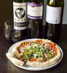 The 6 Best Wines to Drink with Pizza