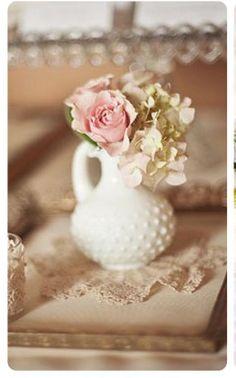 Milkglass & pink