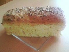 Cibulovo - česnekový chléb - bez lepku, mléka, vajec   Pro Alergiky Baked Potato, Ham, Banana Bread, Paleo, Gluten Free, Potatoes, Baking, Ethnic Recipes, Desserts