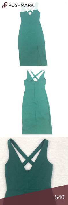 Lulus bodycon Dress Sz Sm Green Worn once to my cousins wedding. Would recommend to XS. I wear small, but this dress was a little tight for me 😏 Lulu's Dresses Midi
