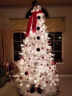 snowman christmas tree creative christmas trees xmas trees christmas christmas christmas ideas