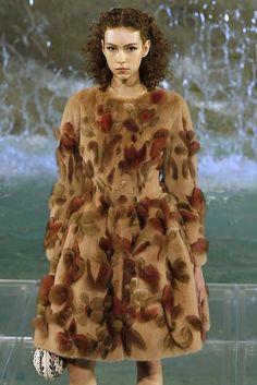 Haute Couture Fall 2016 - Fendi - Sagafurs