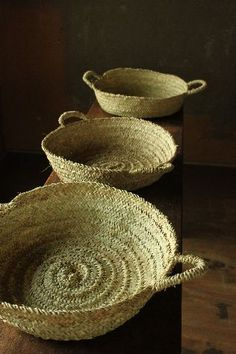 vintage baskets - cute - I can serve tortillas for dinner in these! love it!