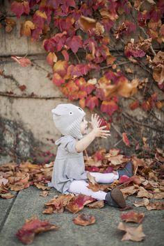 Sweet Girls, Pie, Teddy Bear, Leaves, Autumn, Toys, Animals, Painting, Torte