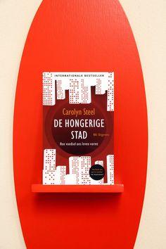 De hongerige stad - Carolyn Steel. Favoriet van: Linda Hofman. Klik op de link om te reserveren! http://www.bibliotheekdenbosch.nl/jml_titel=377782