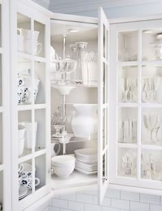 IKEA SEKTION kitchen cabinets work (and look) smart to help you be more efficient in the kitchen.