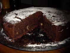 Torta veg cioccolato e pere con farina di mandorle Easy Cookie Recipes, Raw Food Recipes, Healthy Recipes, Tortillas Veganas, Raw Vegan, Healthy Eating, Favorite Recipes, Sweets, Cooking
