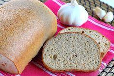 Egyik paleos csoporttársam, Julianna Tögyi receptje alapján készítettem el ezt a kenyeret, apróbb változtatással, mert a kávédarálóm é...