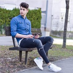 Throwback to one of my fav outfits Wish you all a great weekend Best Mens Fashion, Men's Fashion, Fashion Tips, Super Moda, Man Dressing Style, Photography Poses For Men, Stylish Boys, Herren Outfit, Men Style Tips