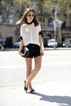 #Inspiration #BlackAndWhite #Outfit #Fashionista #ColorTrend #BiographyTrend #Native #BiographyCollection