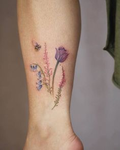 Gorgeous Botanical Tattoo Designs by Cindy van Schie - Page .- Gorgeous Botanical Tattoo Designs by Cindy van Schie – Page 2 of 2 – TattooBloq Bumble Bee and Wildflowers Tattoo by Cindy van Schie - Whimsical Tattoos, Unique Tattoos, Beautiful Tattoos, New Tattoos, Body Art Tattoos, Small Tattoos, Tatoos, Bee And Flower Tattoo, Tulip Tattoo