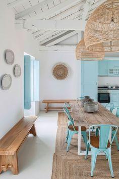 Country blue, A holiday home in Portugal by interior designer Ligia Casanova Mediterranean Decor, Mediterranean Architecture, Beach House Decor, Home Decor, Beach Cottage Style, Design Case, Home Interior Design, Interior Plants, Modern Interior