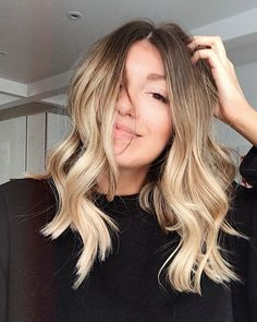 Brown To Blonde Balayage, Brown Ombre Hair, Brown Blonde Hair, Ombre Hair Color, Blond Highlights, Balayage Long Bob, Blonde Ombre Short Hair, Beachy Blonde Hair, Ombre Sombre
