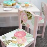 This kids table makeover has got to be one of my favourite projects of the Spring! 😍🌸 I used BEHR Paint in Everything's Rosy and Life's A Peach to turn this drab table and chairs into a sweet place fo Kids Table Redo, Paint Kids Table, Kids Play Table, Kids Table And Chairs, Kid Table, Table And Chair Sets, High Chairs, Tea Party Table, Diy Dog Crate