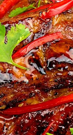 Thai Sweet Chili Ribs - The Midnight Baker Rib Recipes, Slow Cooker Recipes, Asian Recipes, Cooking Recipes, Smoker Recipes, Asian Foods, Cooking Tips, Pork Rib Marinade, Rib Sauce