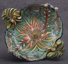 Leopard Bird Bowl – Sculptor; Somandla Ntshalintshali Painter; Rosemary Mazibuko