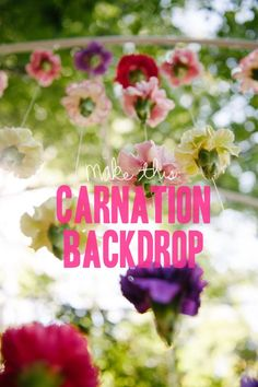 Learn how to make this beautiful carnation backdrop - A Practical Wedding | How To Carnation Backdrop #diyflowers #diyweddingflowers #carnations